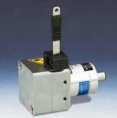 Polohový senzor WB10ZG s ocelovým páskem